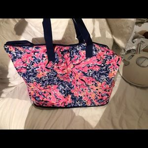 Lilly beach tote